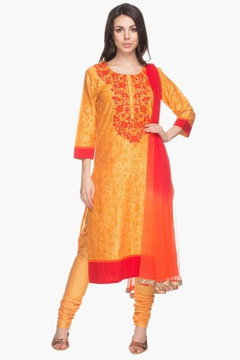 Womens Floral Print Churidar  Stop, Rs 2599