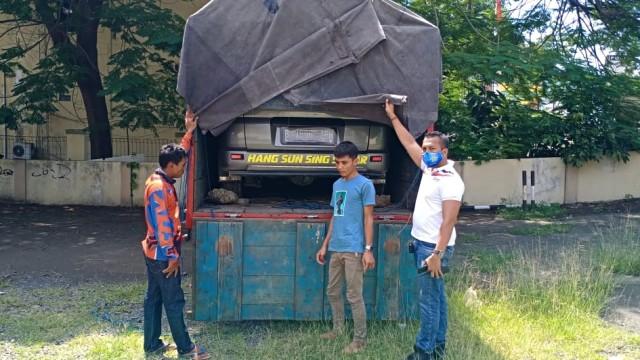 Polisi Amankan Truk Sembunyikan Mobil yang Berisi Pemudik