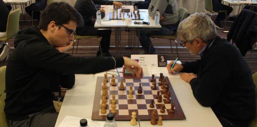 Le grand maître international d'échecs français Maxime Lagarde (2631) a battu le Slovaque Lubomir Ftacnik (2513) lors de la ronde 2 - Photo © Le site officiel