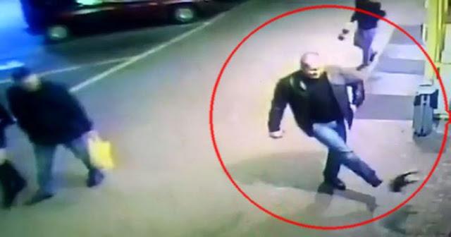 В Белоруссии уволили милиционера, пнувшего ногой котенка