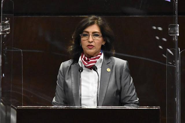 La mala estrategia de vacunación extenderá la pandemia en México más allá del 2021: Mónica Almeida
