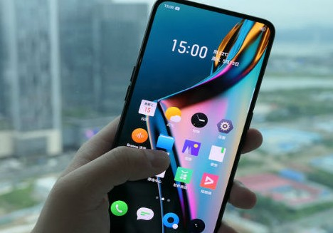Realme X packs with 6.5-inch display!