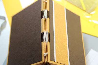 0318 Daffodils Envelope Mini Album #clubscrap #daffodils #minialbum #envelopemini #paperflowers