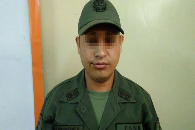 Arrestan a un miliciano por usurpar identidad para votar en las fraudulentas de ayer