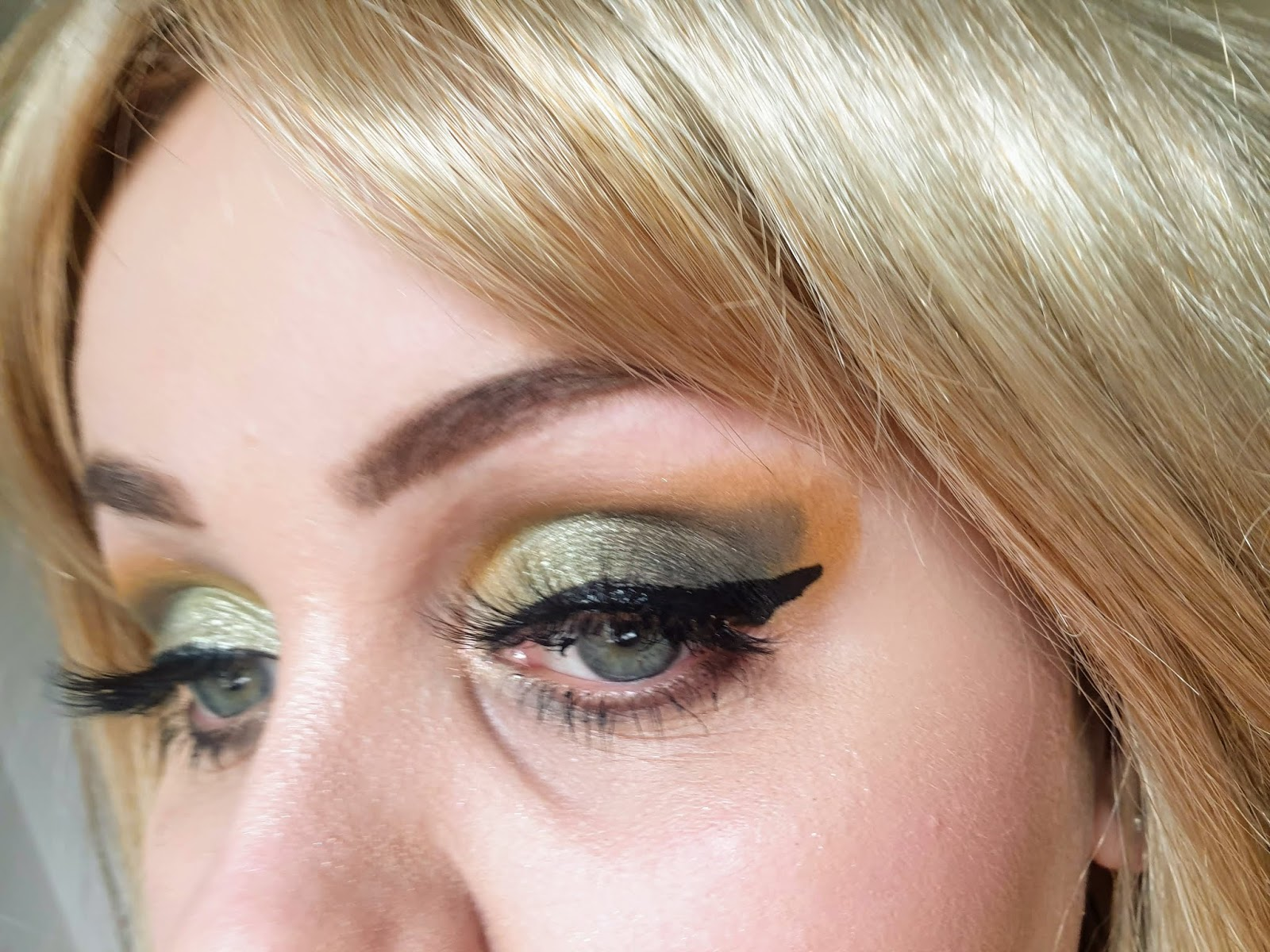 makeup look with reloaded iconic division