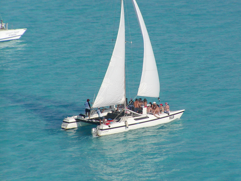 Small Catamaran Cancun For Rent To Sail Isla Mujeres 20 People