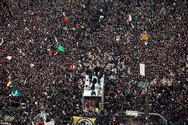 Iran treo thưởng để 'lấy đầu' Tổng thống Mỹ Donald Trump