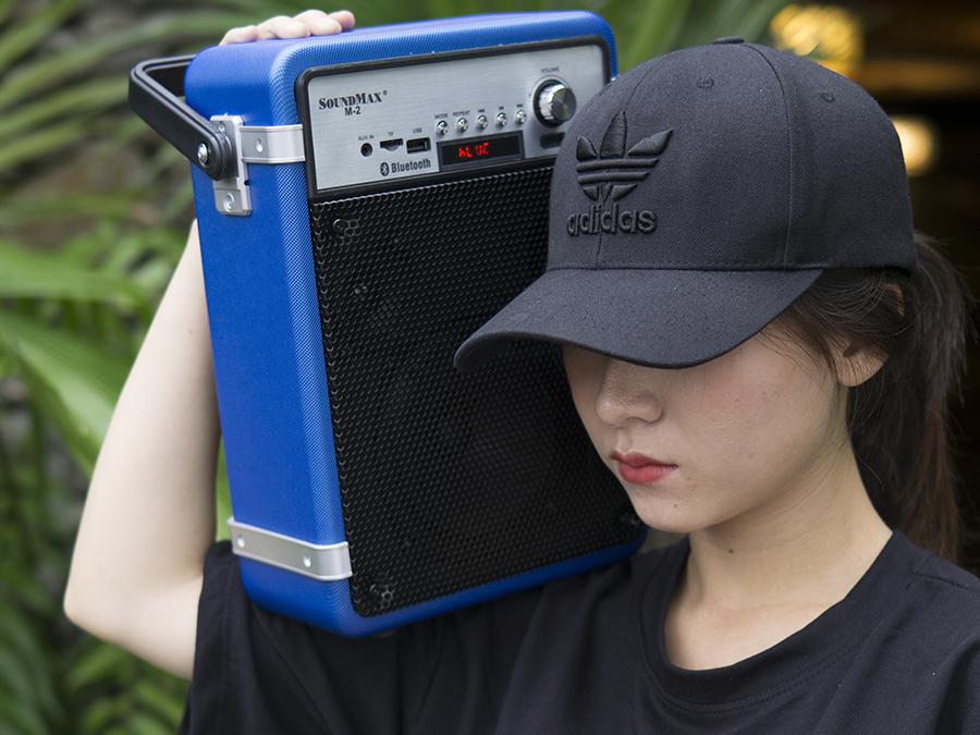 SoundMax M-2 - Loa hát karaoke di động hay nhất hiện nay