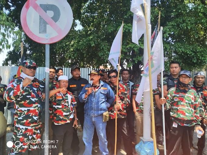 Aliansi LSM dan Ormas Kota Cirebon Tuntut Keterbukaan Informasi Publik Pembangunan Proyek Penataan Alun-alun Kejaksan