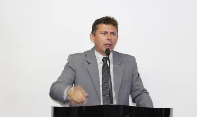 Devido a falecimento de familiares de vereadores, posse de Pedro Paulo é adiada para esta sexta-feira (23)