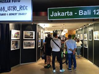 Berbagi Pengalaman dalam Pameran Foto #SUAMI_ISTRI_RIDE