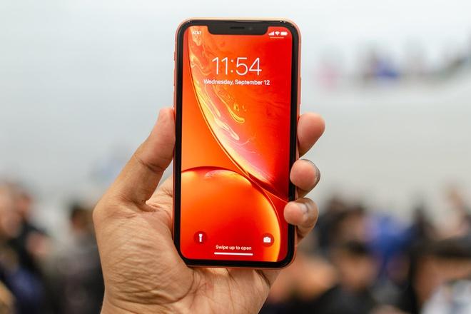 Việt Nam tăng nhập khẩu máy vi tính, điện thoại