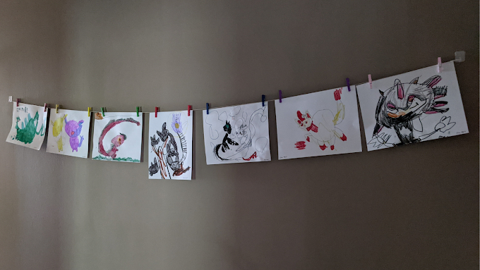 Easy and Cheap DIY Kids Interchangeable Art Display