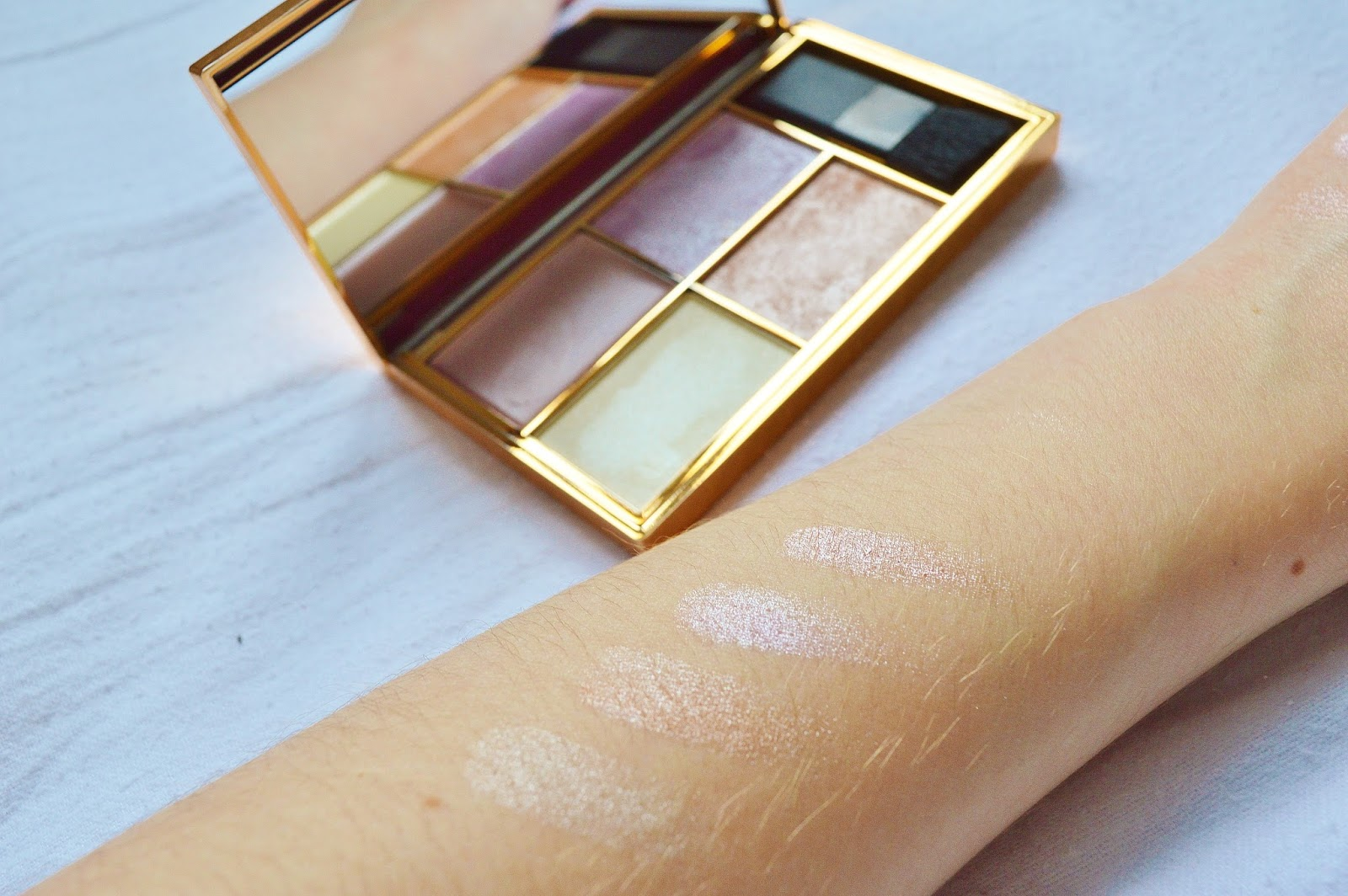 Sleek Make Up Highlighting Palette