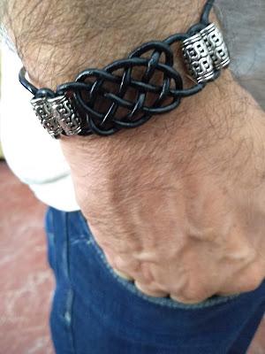 pulsera de cuero para hombre