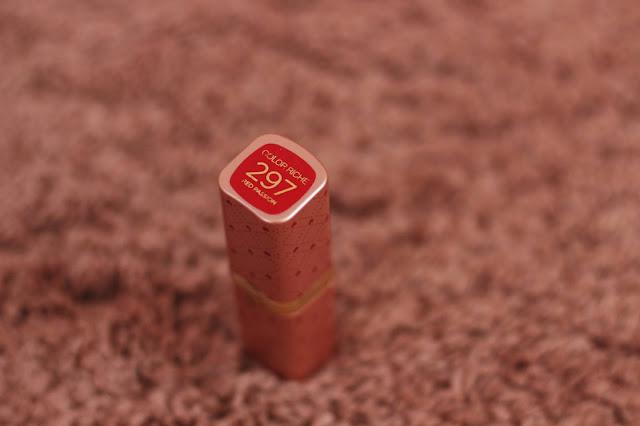 rúž Loreal Color Riche v odtieni Red Passion