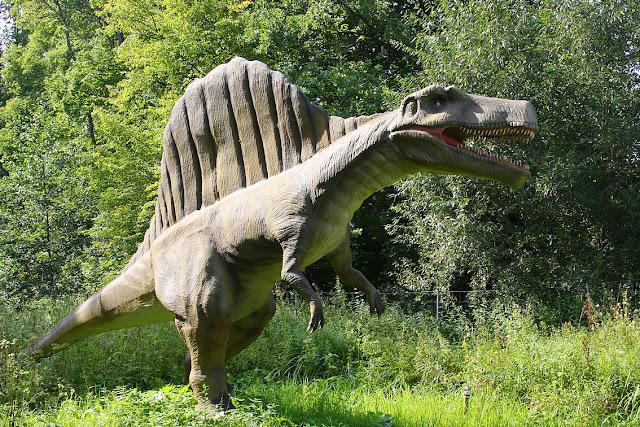 динозавр, дино-парк в Литве