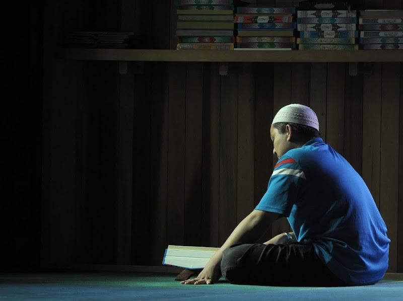 Belajar mengaji Al-Quran dengan bekas ibu mentua