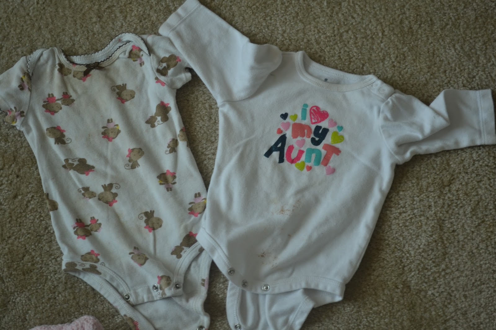 Baby clothes used online