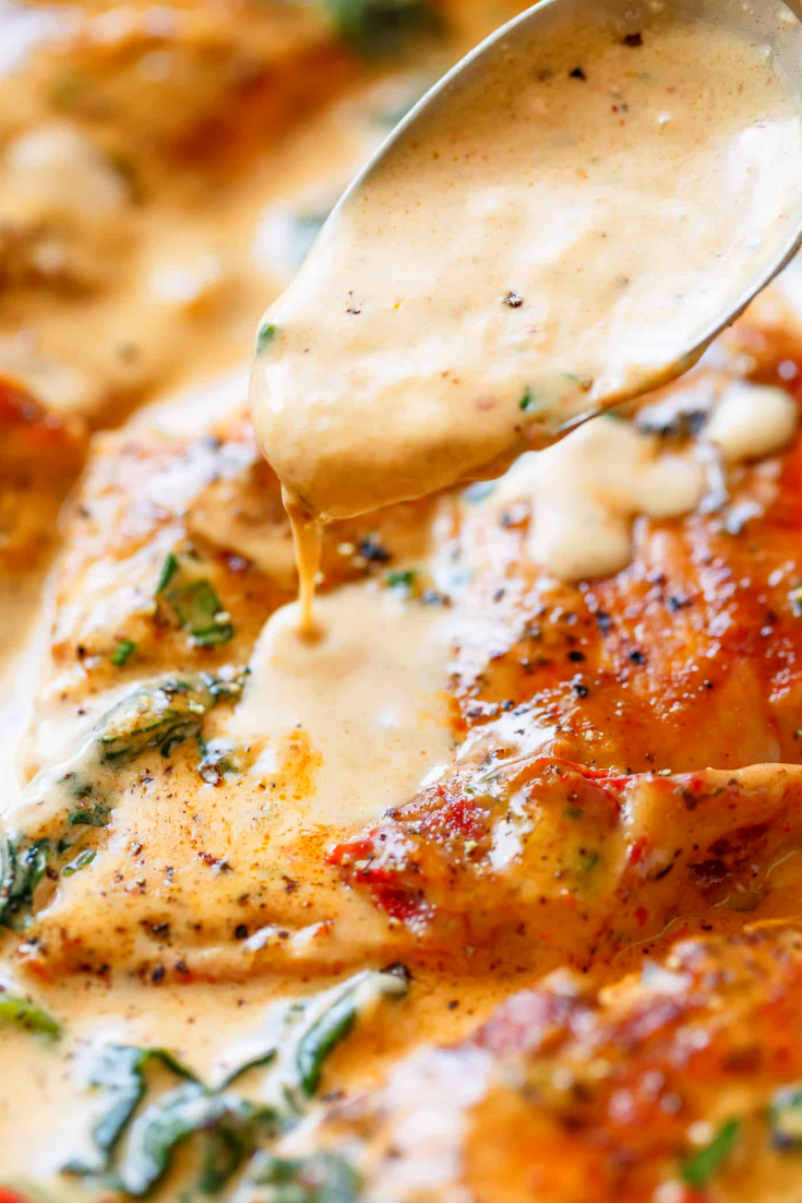 Creamy Tuscan Chicken Breasts (Low Carb)