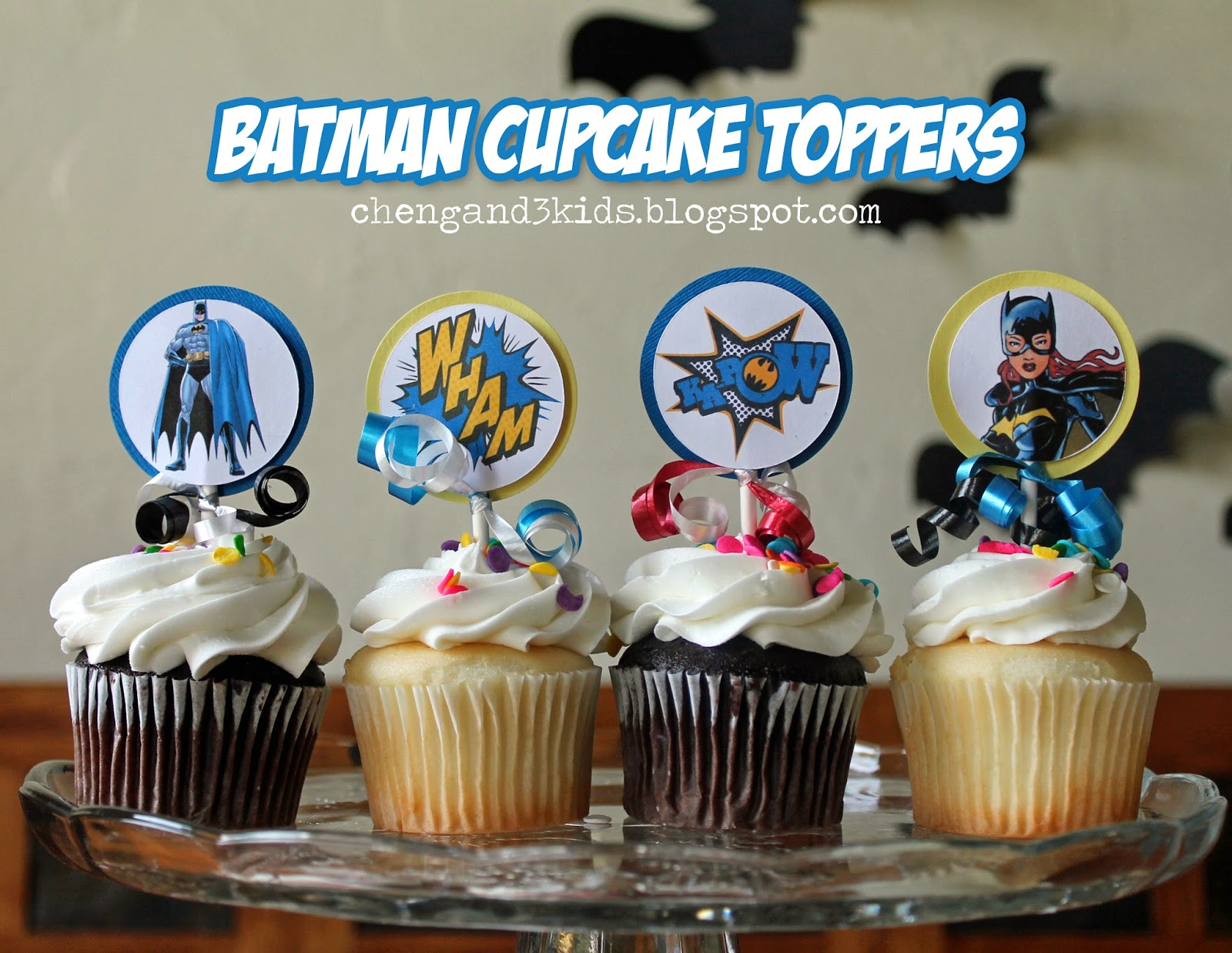 Batman and Batgirl Cupcake Toppers by Cheng and 3 Kids