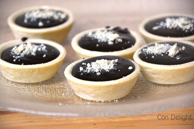 individual pie shells dessert מיני טארטלט במילוי קרם שוקולד