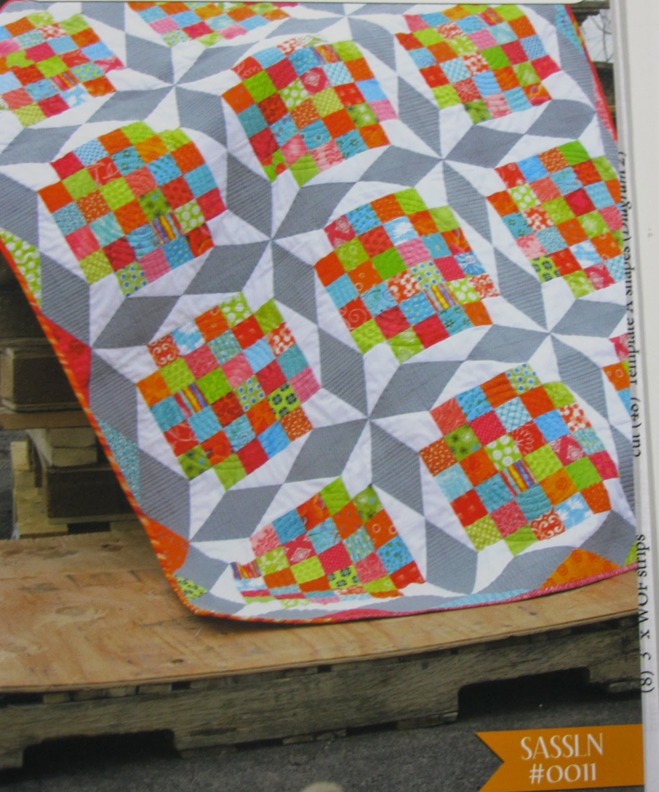 The Calico House Blog: Modern quilt with great quilting to ... - photo#2
