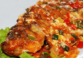 resep-dan-cara-membuat-bumbu-ikan-gurame-saus-tiram-enak-lezat