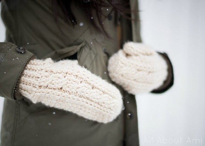 Beautiful Crochet Cable Projects: Cabled Mittens