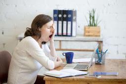 Sering Ngantuk Saat Bekerja? Lakukan Hal Ini