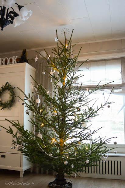 joulukuusi joulukoti koriste jouluaatto