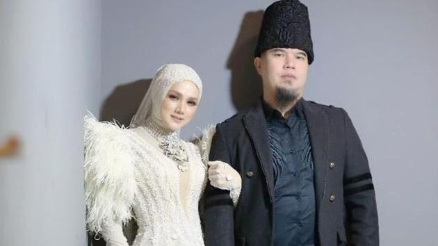 Pamer Foto Bahagia Saat Liburan Bareng Anak Istri di Bandung, Keluarga Ahmad Dhani Justru Tuai Nyinyiran Netizen, Suami Mulan Jameela Pasang Badan: Terima Kasih untuk Perhatiannya