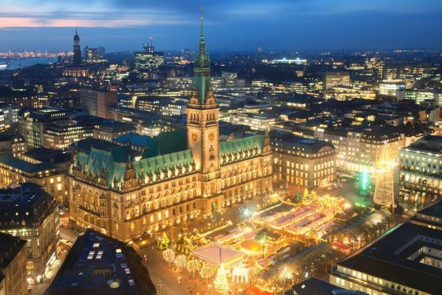 mercatini-di-natale-ad-amburgo-rathausplatz-poracci-in-viaggio
