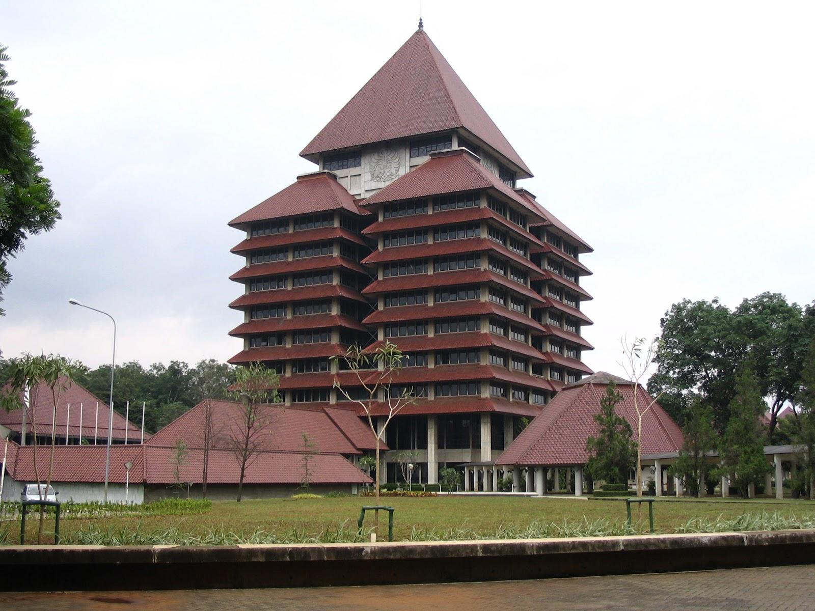 tampilan gedung utama universitas indonesia