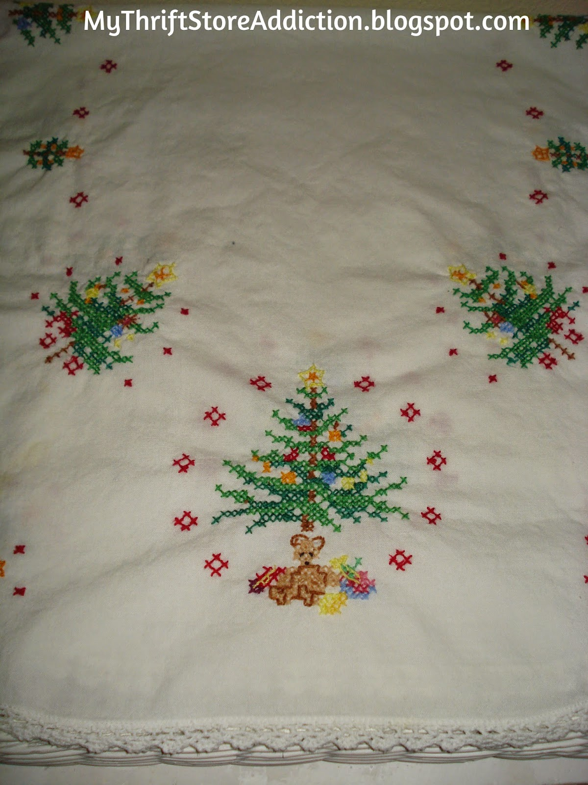 Vintage Christmas table runner