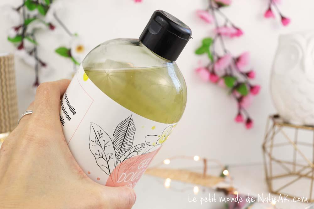 gel douche eau de radis noir bio et amande douce bio de Provence Biocoop