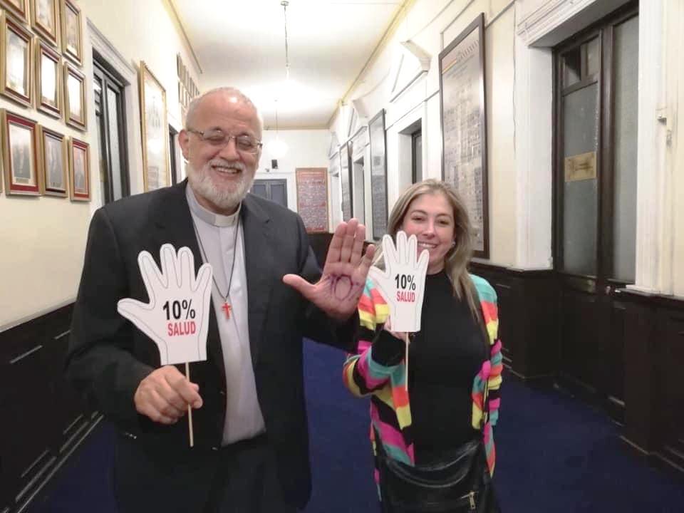 Padre Mateo junto a la diputada Torrez en noviembre de 2019 / RRSS