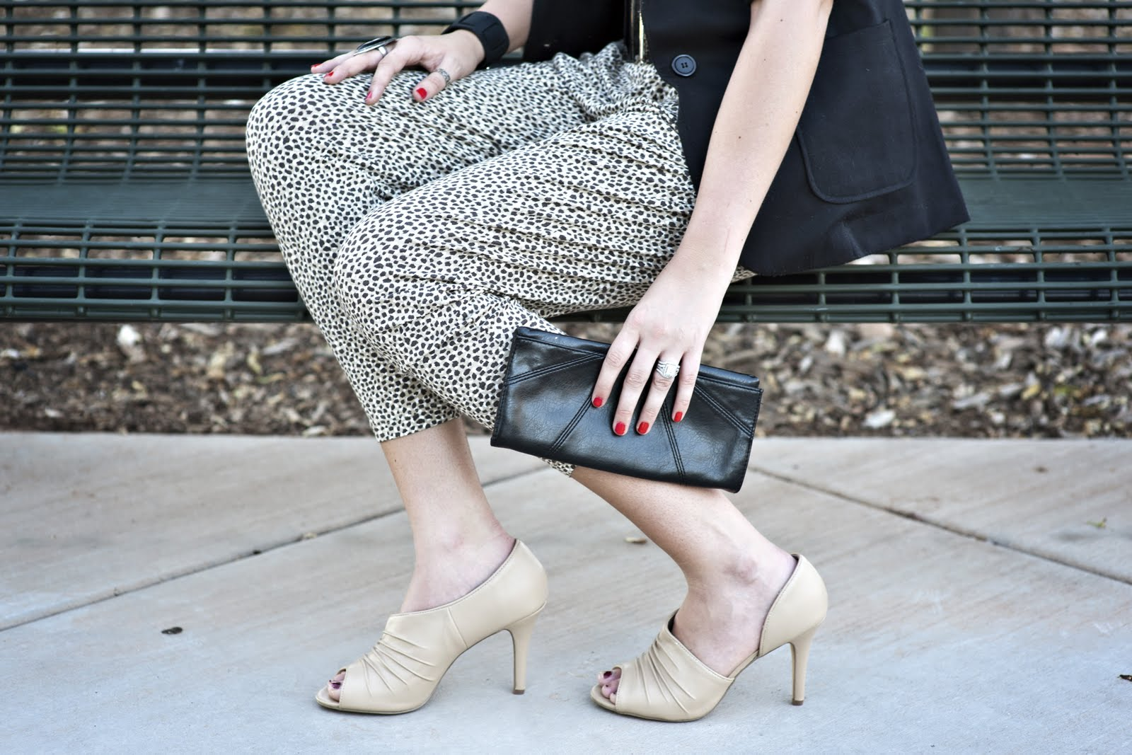 Cream Heels, Black handbag