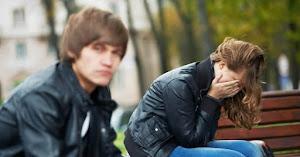 4 Alasan Mengapa Cowok Selalu Salah Dimata Cewek
