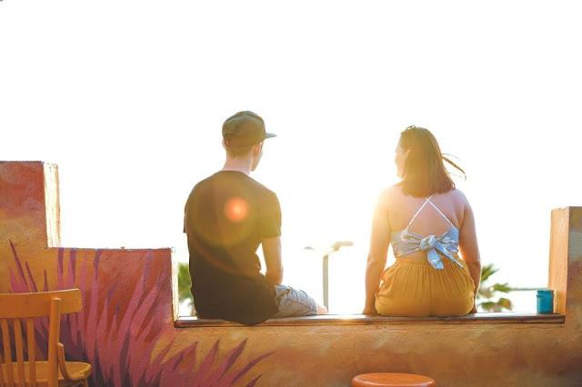 Kenali 5 Ciri Pasangan yang Ingin Mengontrolmu, Segera Lepaskan!