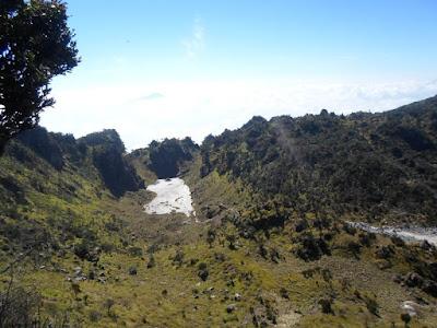 kawah gunung sumbing
