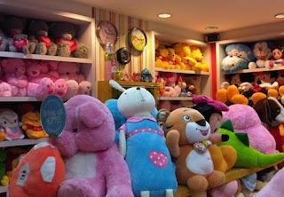 Bisnis Penjualan Boneka