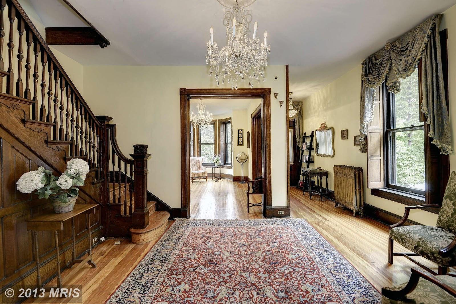 Old World, Gothic, and Victorian Interior Design: August 2013