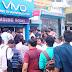 अपटेड-अज्ञात चोरों ने मोबाईल दुकान से लाखों रूपये के मोबाईल उड़ाए, शट्टर का कुंदा तोड़कर वारदात को अंजाम दिया