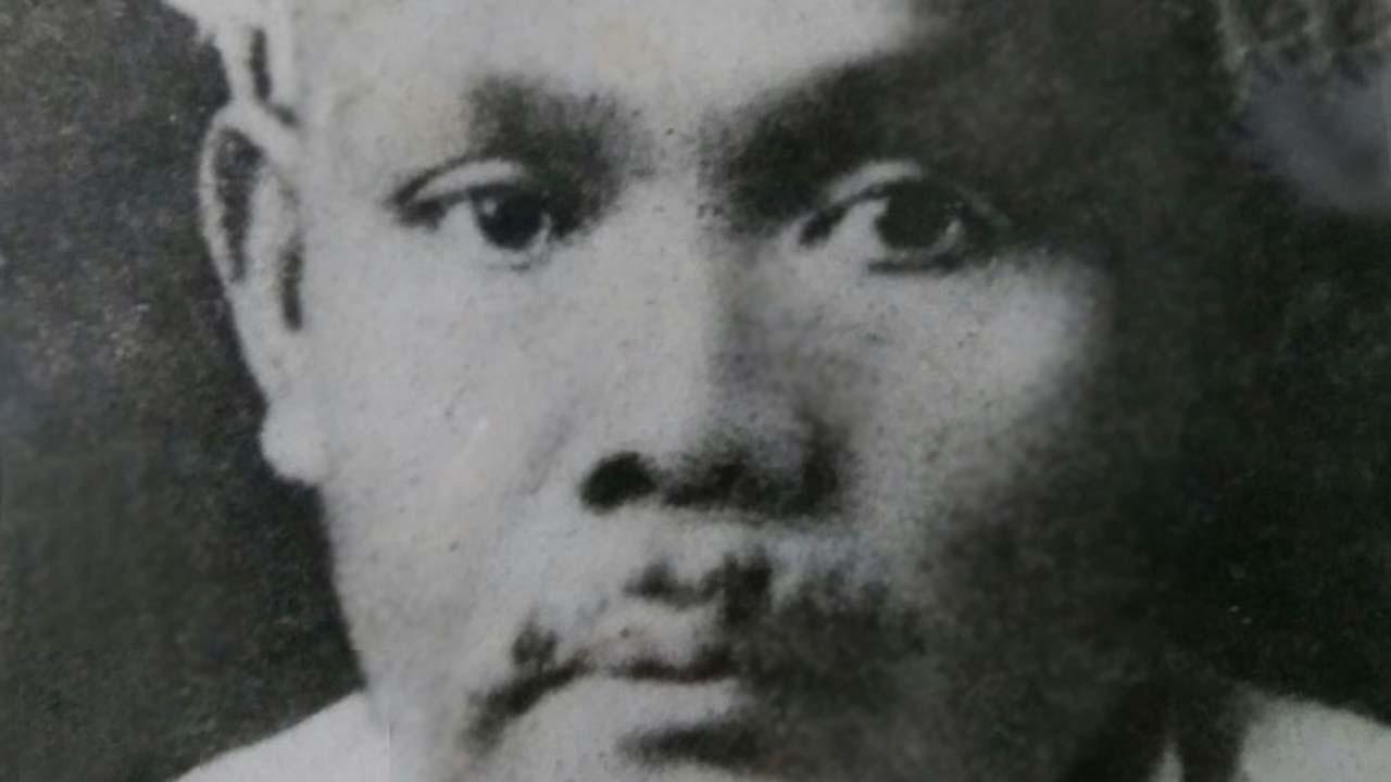 Kiai Abbas Buntet Pesantren Cirebon