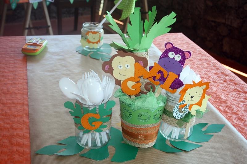 decorar mesa cumpleaños con goma eva