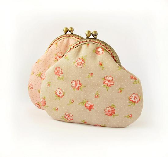 шитье, beige purse