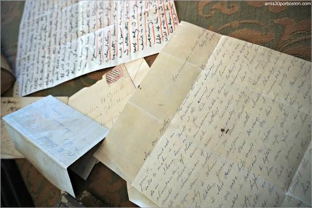 Cartas en el Salón de la Casa Museo de Harriet Beecher Stowe en Hartford, Connecticut