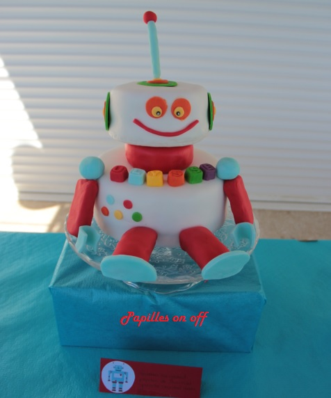 g teau robot sweet table anniversaire robot thermomix. Black Bedroom Furniture Sets. Home Design Ideas