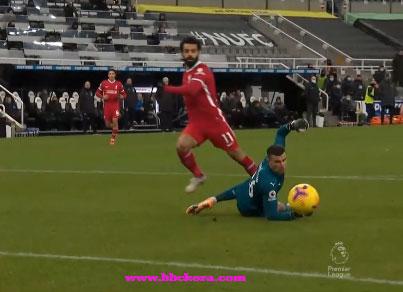 ليفربول يتعثر امام  مستضيفه نيوكاسل يونايتد بالتعادل بدون اهداف